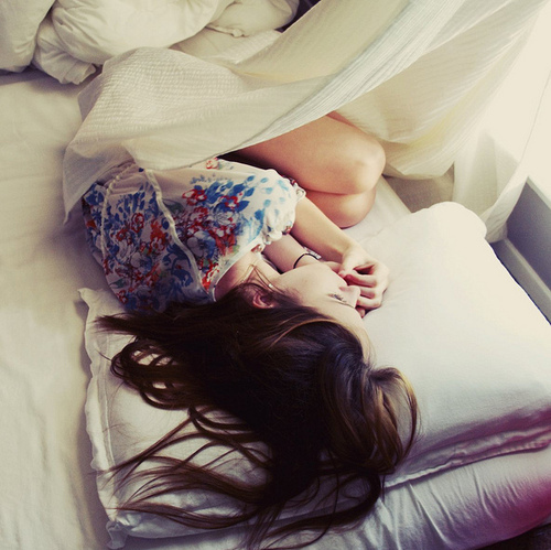bed-curtain-girl-pillow-rest-thinking-favim-com-76495