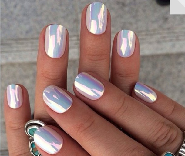 1ypcwh-l-610x610-nailpolish-hippie-rad-holographic-metallicnails-nails-nailstickers-nailaccessories-color-whitenails-withe-nailart-nailspolish-pearl-whitepearls-extraordinary-fingernails